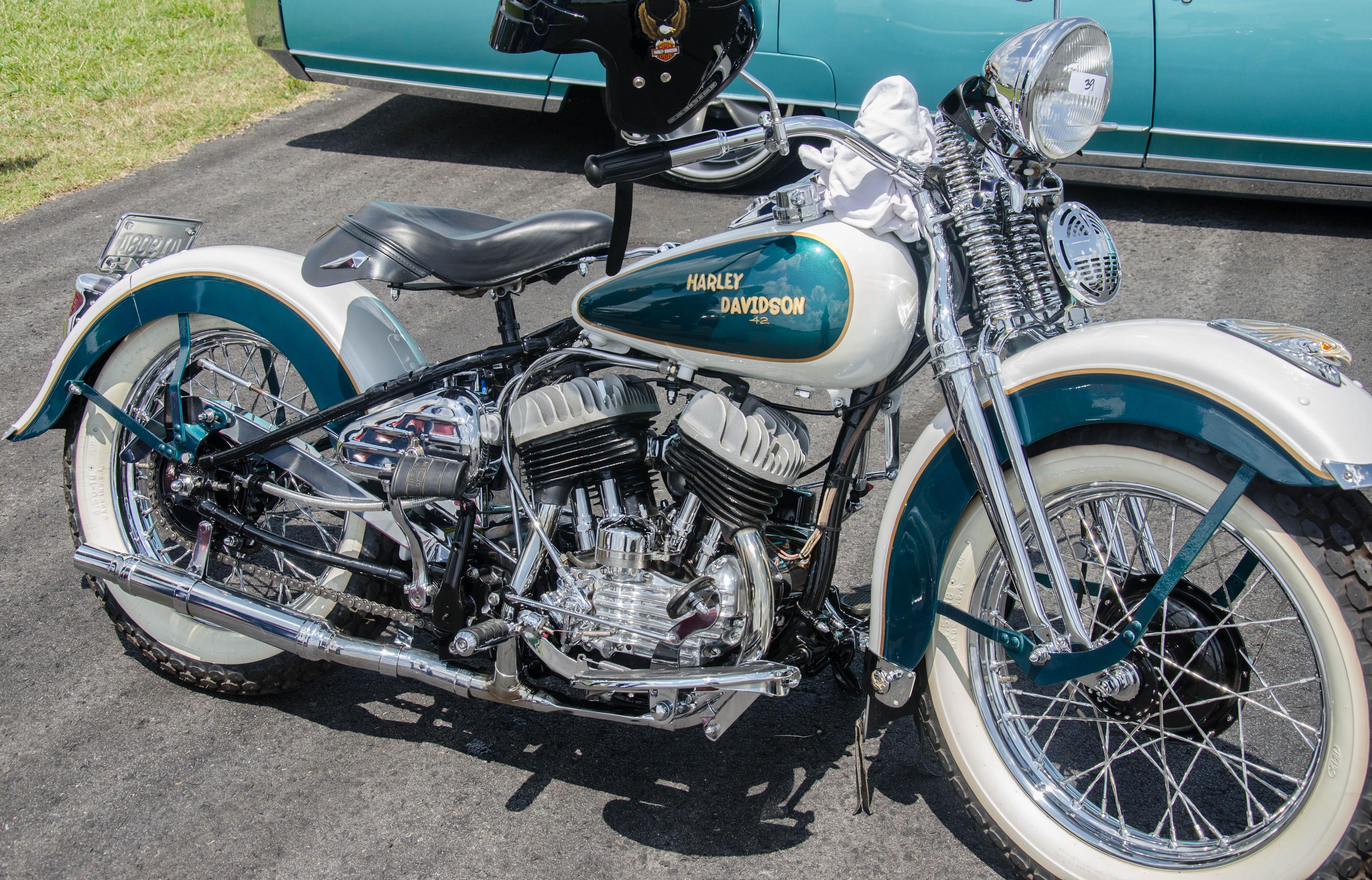 Harley Davidson   2 Fly America